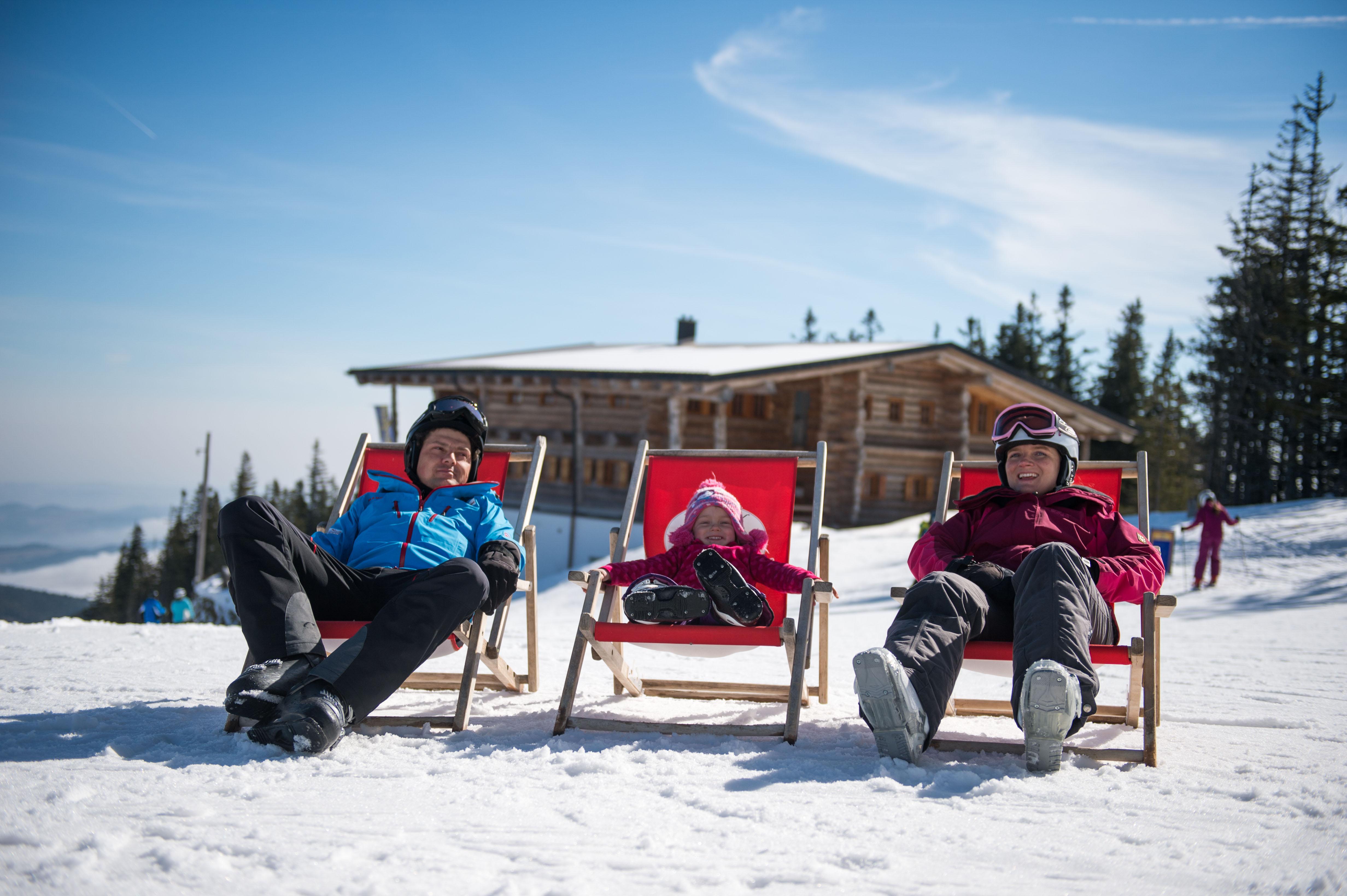 Mönichkirchen-Mariensee - Ski resorts in Lower Austria - Skiing and ...